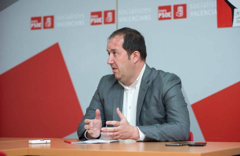 El PSOE denuncia que la apertura de las playas de Benidorm va a costar más de 3 millones de euros por la falta de planificación del PP