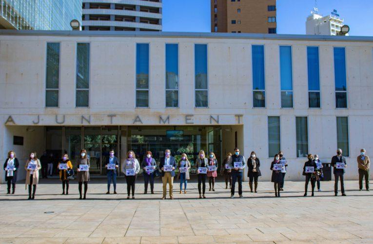 Benidorm conmemora el 'Día Internacional de la Eliminación de la Violencia contra la Mujer'